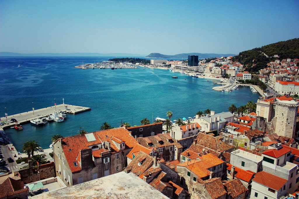 buy or rent a house in Split