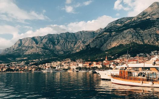 rent apartments in makarska